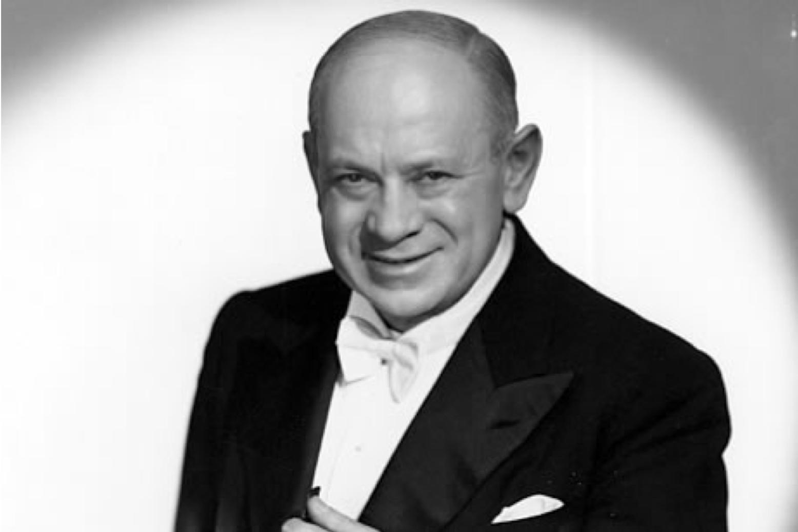 Hermann Leopoldi im Frack